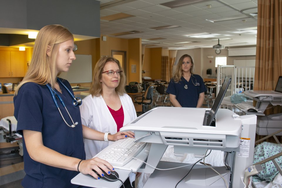 Nursing Grant Desktop Equipment 2018 013